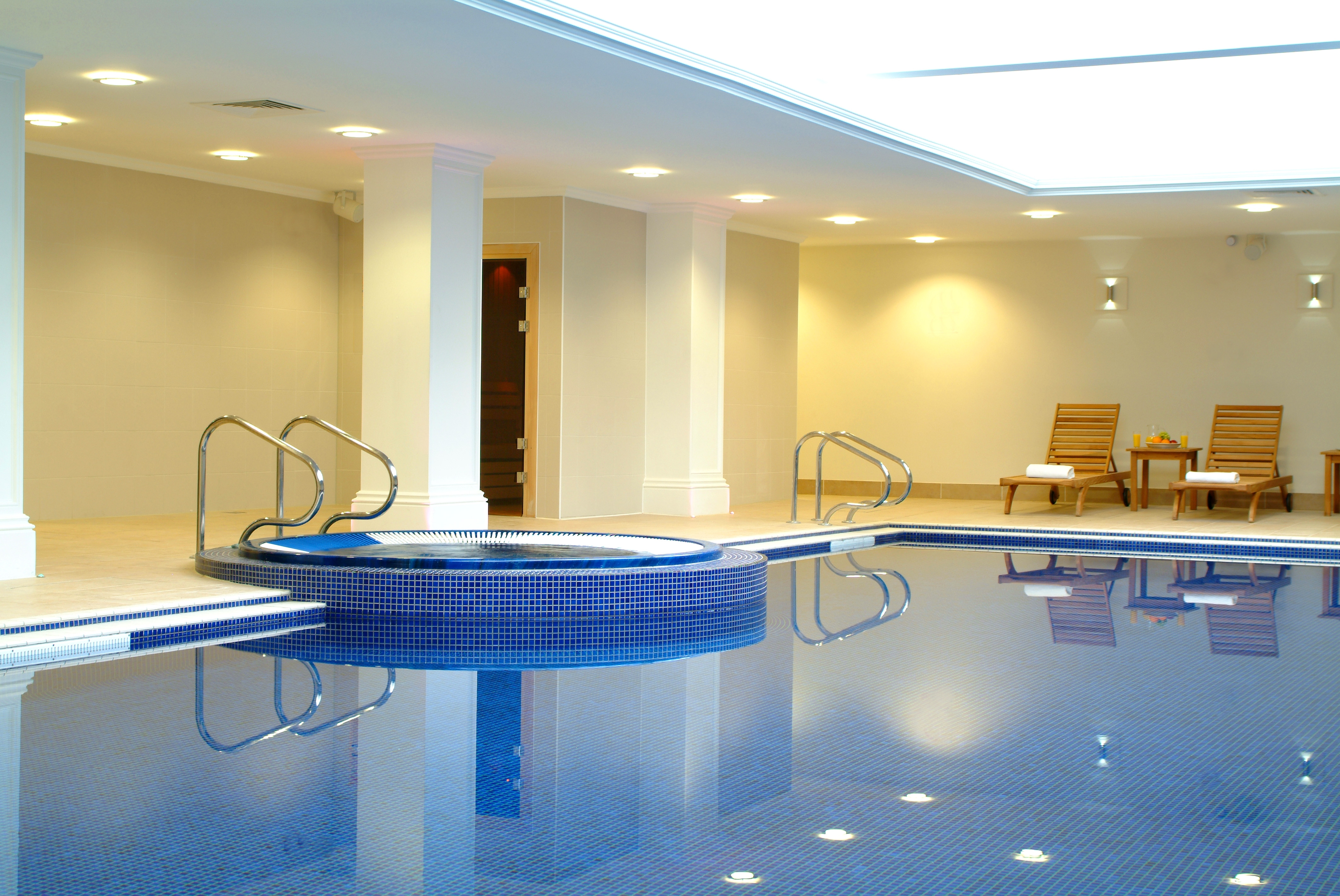 Great Summer Deals At Savill Court Hotel Near Egham Surrey 99 B Per Family Room Night Usual Price For Only 210